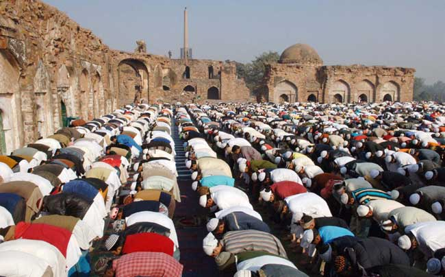 People offering Namaz on the occasion of Id-ul-Zuha at Feroz Shah Kotla, in New Delhi on December 21