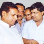 Bikaner Vyapar Mandal giving Gyaapn to Babu Lal Meena