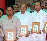 Bhawani Shankar Sharma, Dr B D Kalla and Virendra Beniwal, inaugurate Book on Late Ram Ratan Kochar