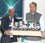 DRDO Chief �Research Dr Piallai presenting the model of Brahmos Missile to CM Ashok Gehlot