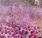 Holi celebration in PIC Ц Traditional Tani Tod program at Nathusar Gate, Bikaner