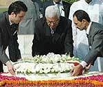 Mahmoud Abbas tributing Mahatma Gandhi