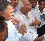 Education, Labour minister Master Bhanvar Lal Meghwal taking memorandum from people aat Biakner