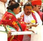 Rajasthan CM Ms. Vasundhara Raje inaugurates Narmada flow in to Rajasthan