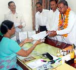 Congress candidate Rewant ram Panwar submitting MP Election nomination for Bikaner seat