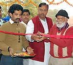 Bikaner Wholesale Bhandar President Surendra Vyas inaugurates Joshi Washing Machine Repairing Centre
