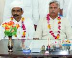 Newly elected Wholsale Bhandar Boar President Mr Surdendra Vyas with other Congressi