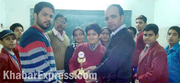 Ronak Saini Student of SDP School Bikaner warm welcomed after won Maths Olympiad