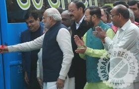 PM Narendra Modi Flags off KPIT\\\'s Smart Electric Bus for Indian Parliament